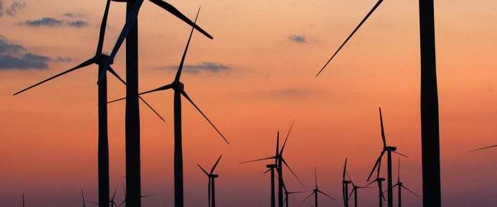 Wind And Solar Gaining Edge Over Natural Gas